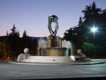 statue-114372_1920