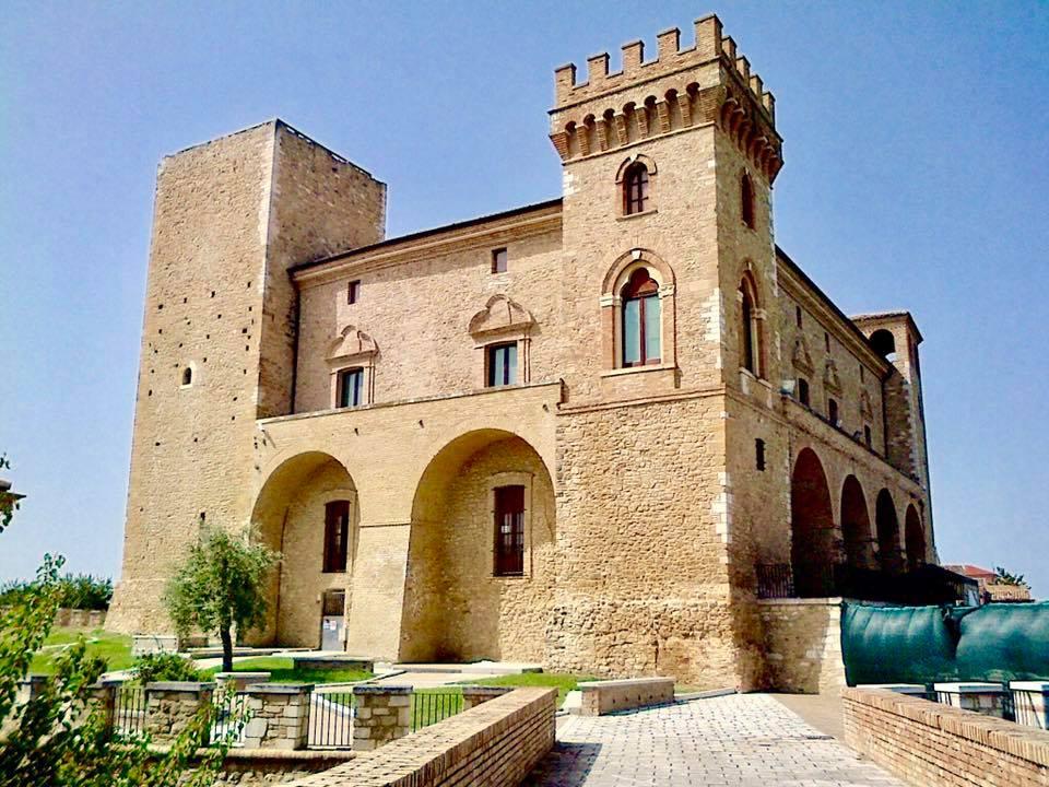 Castello ducale di crecchio 8