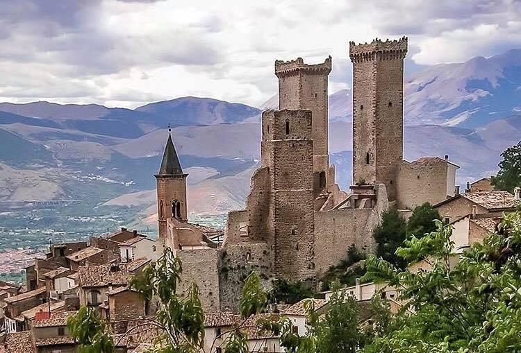 Pacentro Borgo Tra I Pi 249 Belli D Italia Yes Abruzzo