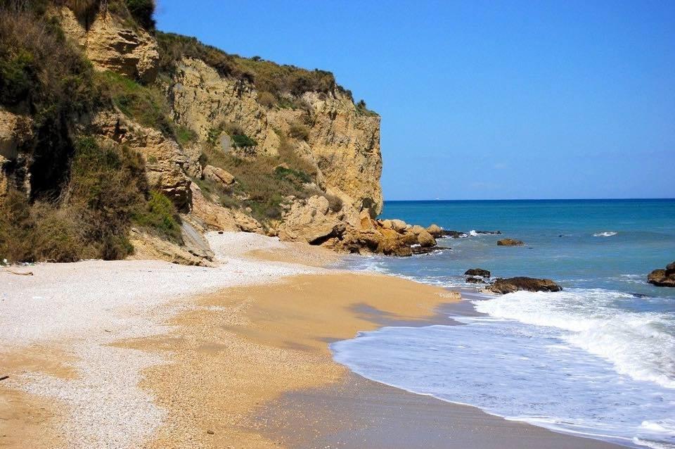 Matrimonio Spiaggia Ortona : La spiaggia dei ripari di giobbe yes abruzzo